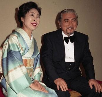 勝新太郎と中村玉緒の画像