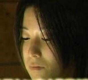 長女の石田奈緒子の画像